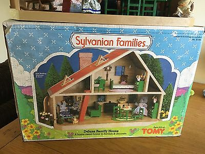 Sylvanian Families Deluxe Family House Tomy (Boxed) Furniture & Timbertop Bears