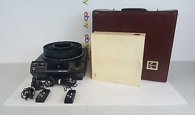Kodak Carousel Projector 4600 Slide Viewer W/Remote And Case