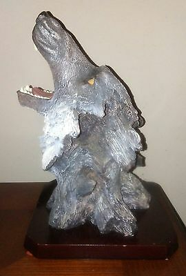 Awesome Large Wolf Bust Statue Gray Black Ashley Belle Teeth Resin