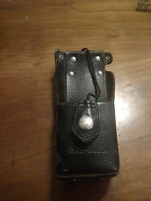 Motorola XTS5000 XTS 3000  leather swivel radio carrying case ntn8380c