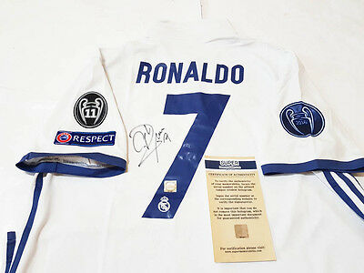 FC Real Madrid Cristiano Ronaldo Signed Jersey 16/17 Home Shirt signiert COA new