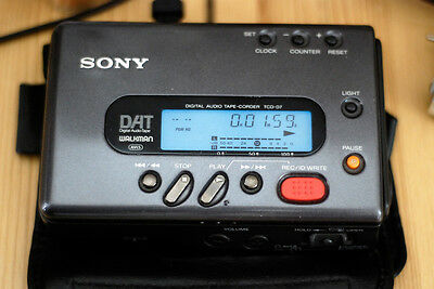 SONY DAT WALKMAN  TCD-D7 ,(Audio Dat Tape Recorder) Good CONDITION