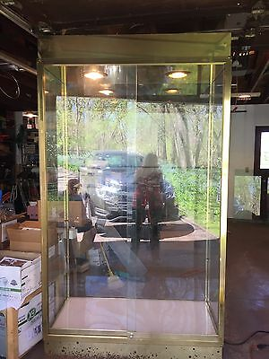 Vintage Large Brass Glass Display Showcase Case On Wheels Lighted All Glass