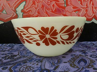 Vintage Pyrex Agee Retro Ovenware Mixing Bowl Floral Banner Brown 20cm 8inch