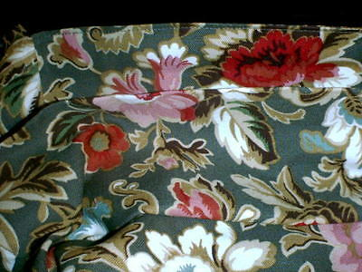 Longaberger Set of 2 Fabric Placemats - Reversible Majolica Garden to Flax