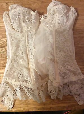 By frilly' s Cream Lace Corset/basque 34c Strapless