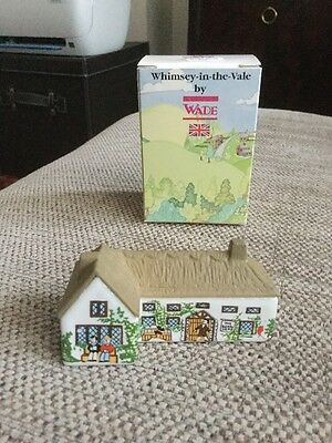 Wade Whimsey In The Vale Boars Head Pub In Super Condition Boxed /house/village.