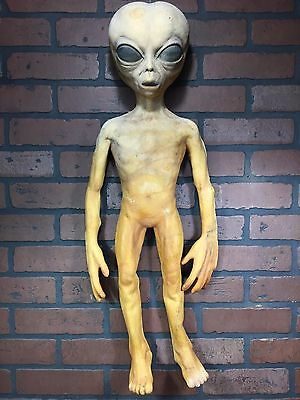 Rare 28'' Size Alien Grey UFO Body Movie Prop Roswell Statue X-files Halloween