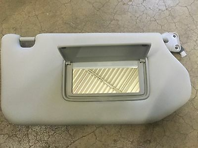 New Oem Nissan 2013-2018 Pathfinder Infinity Jx60 Right Side Sunvisor W  Mirror 247d4d4ef2e
