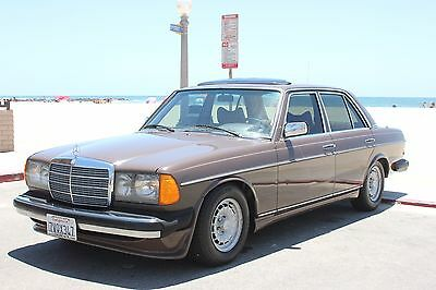 1979 Mercedes-Benz E-Class 280 e 1979 Mercedes Benz 280E with AMG ground effects package