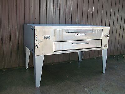 Bakers Pride Y800 Natural Gas Deck Pizza Oven With Stones