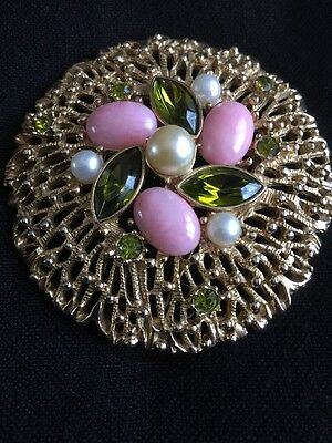 ***WOW*** A Stunning Vintage 1960's Brooch Signed Sarah Coventry