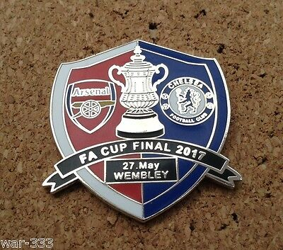 Arsenal v Chelsea - 2017 FA Cup Final Pin Badge (red/blue)