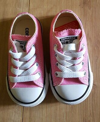 Bnwt In Box Baby Girl Converse Trainers In Pink & White, Size 4 Infant >