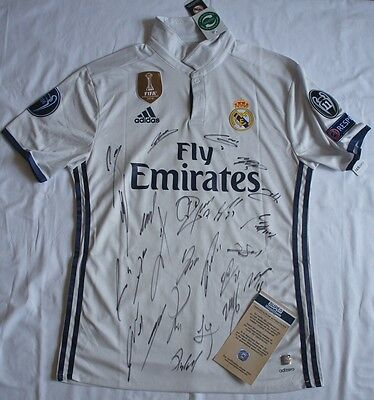 FC Real Madrid Cristiano Ronaldo Team Signed Jersey 2017 Home Shirt signiert COA