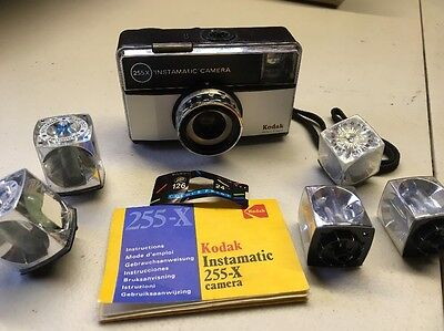Vintage / Retro Kodak 255X Instamatic 126 Film Camera