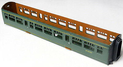 Triang bodyshell for DMU centre car, BR green livery, spare M59120