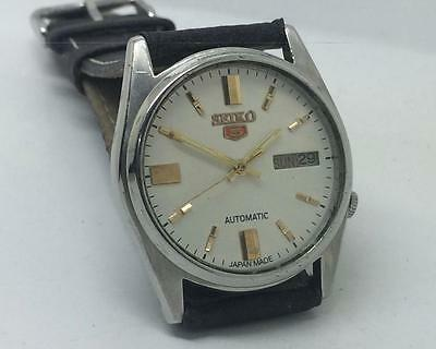 Excellent Vintage Seiko 7009-205J Automatic Day-Date White Dial Wrist Watch