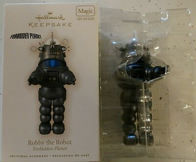 Vintage 2009 HALLMARK ROBBY THE ROBOT CHRISTMAS ORNAMENT  MINT IN BOX SUPER RARE