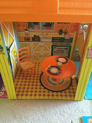 Vintage 1973 Barbie Country Living House & Furniture Folding Home / Case EUC!
