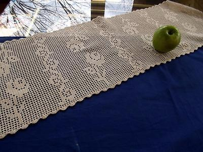 Antique Off-White Cotton 12x38 Dresser Scarf All-Lace Crochet Filet Roses
