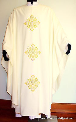 Chalice Veil, Burse, Chasuble & stole Mass Set, Ivory colour Metallic embroidies
