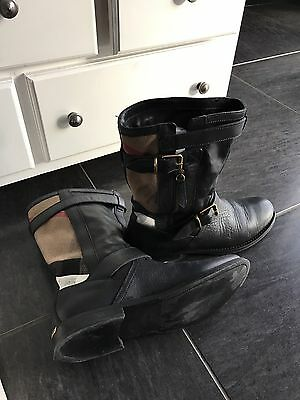 Bottines Femme BURBERRY Taille 38