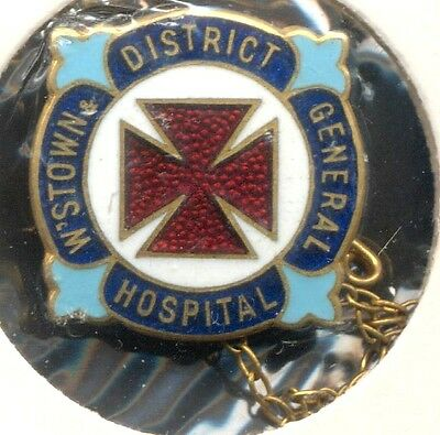 Williamstown District General Hospital 9 Carat Gold Nurses Badge