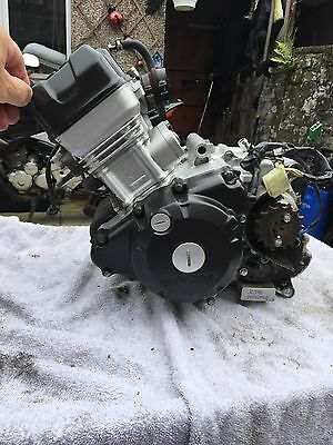honda cbr125 engine 65 plate 5632 miles only will post