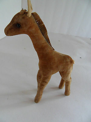 Steiff giraffe miniature with button made in Germany 1675