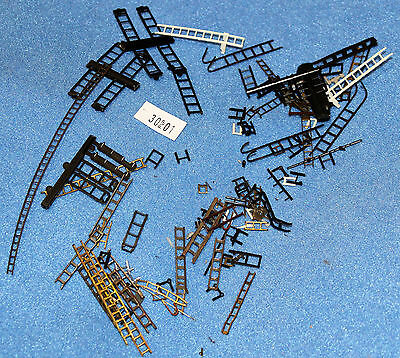 Grave Yard Parts Ladders    HO/OO,  2nd hand #30PVP01