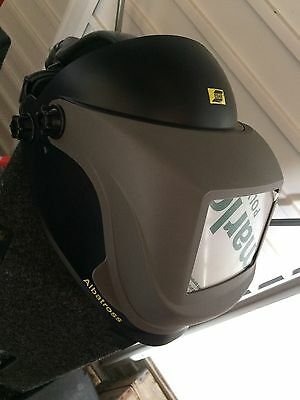 esab albatross airfed welding/ grinding mask With Air Pack