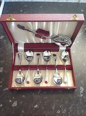 Vintage boxed fruit spoons and server. Appear unused. Old English design