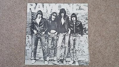 The Ramones Debut 12'' Album (Sire) 12'' LP 6020 NP