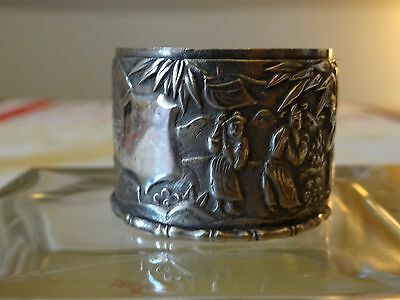 CHINESE EXPORT SILVER 6 FIGURES VILLAGE PICTORIAL NAPKIN RING. 1 oz c 1875 KMS