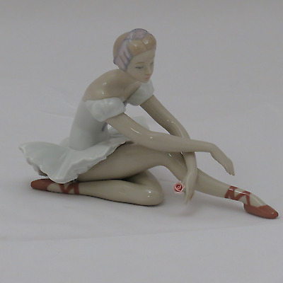 Lladro Rose Ballet Figurine 1005919.new In Box.