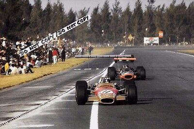 9x6 Photograph, Jackie Oliver  F1 Lotus 49B  Mexican GP Mexico City 1968