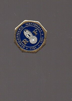 Pin's gendarmerie nationale (1971 - 1991) diamètre 1,1 cm