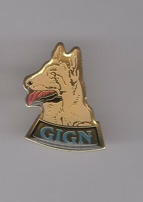 Pin's Police / GIGN Groupe Intervention Gendarmerie National - unité canine