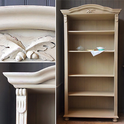 Open Pine Painted Bookcase with Oak Leaf