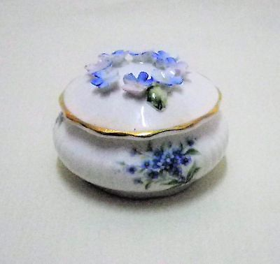 ROYAL ALBERT *Flower Of The Month* Series, FORGET ME NOT Bone Chine Trinket 1970
