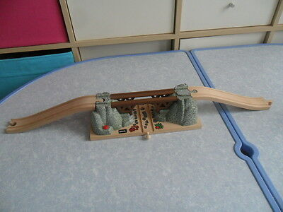Brio Mountain Collapsing Bridge & Track for Wooden Train Sets ie ELC Thomas