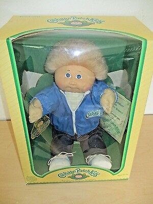 Vintage 1983 Cabbage Patch Kids *fuzzy* Boy Doll *peter Casey* Coleco. Nos.