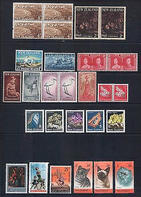 NEW ZEALAND - Mixed Lot of 21 Stamps incl Pairs, Block most Mint LH