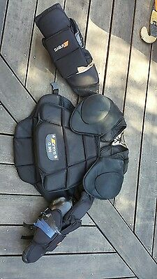 grays g 500 hockey keeper chest guard large