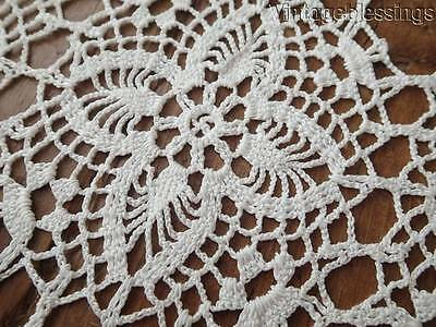 """Vintage Crocheted Lace Table Runner 43"""" x 14"""""""