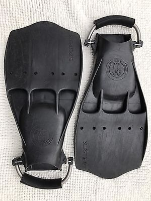 OMS Slipstream Diving Fins size Large with Spring Steel Straps