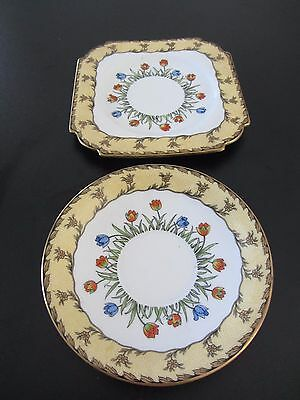 Aynsley England 2 x small plates with floral design