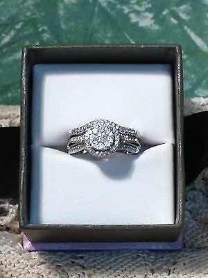 Stunning Michael Hill 14k White Gold 1.00ct Diamond Bridal Ring Set with box/bag