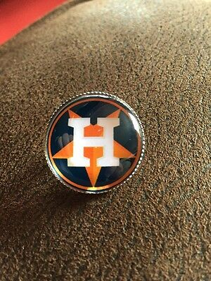 HOUSTON  ASTROS Baseball MLB Top Quality Unique Raised Pin Lapel Badge